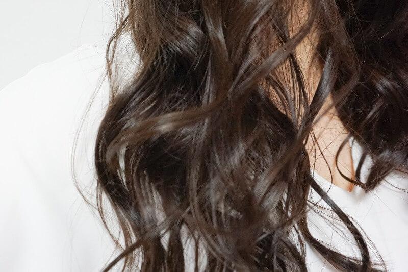 クレイツ ホリスティックキュアで巻いた髪の毛